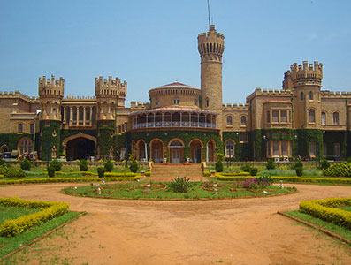 Dental-Lavelle-Bangalore-Palace